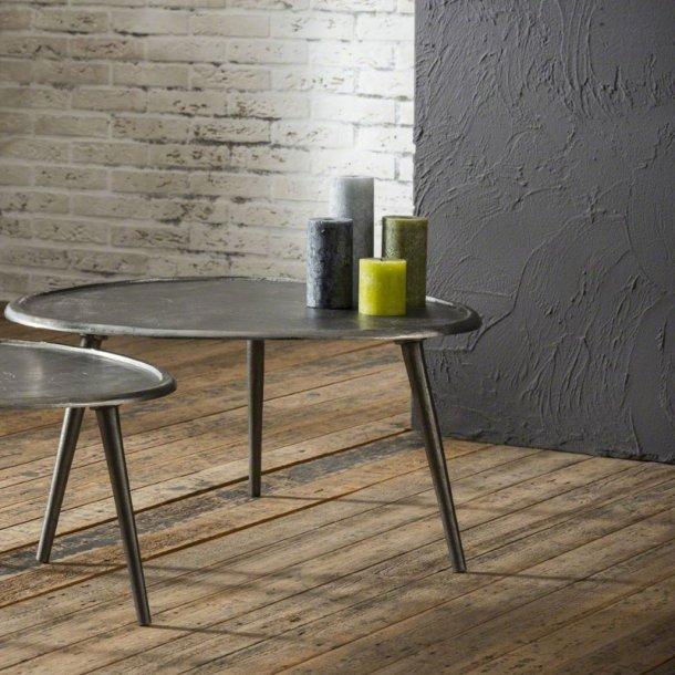 Shape - sofabord, nyreformet sandblæst metal, ø 73 cm.