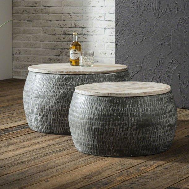 Double - sofabordssæt i metal og træ.