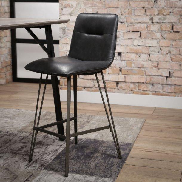 Canonn - barstol i sort metal og sort læder look.