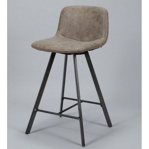 June - barstol i metal og brunt læder.