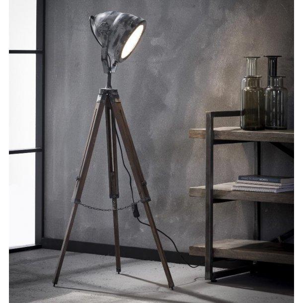 Z 8208 - gulvlampe i patineret grå metal og træ.