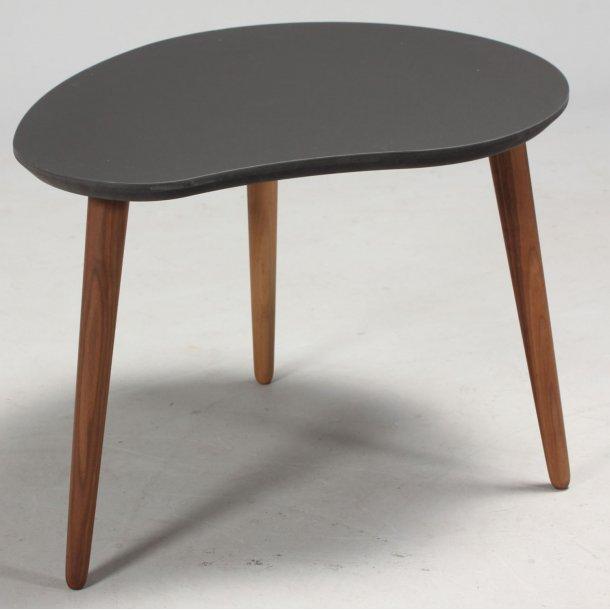 CT 30 - paletformet sofabord i linoleum, valnøddeben, 3 størrelser.