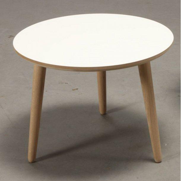 CT 20 - sofabord i hvid laminat med ege ben, 4 størrelser.