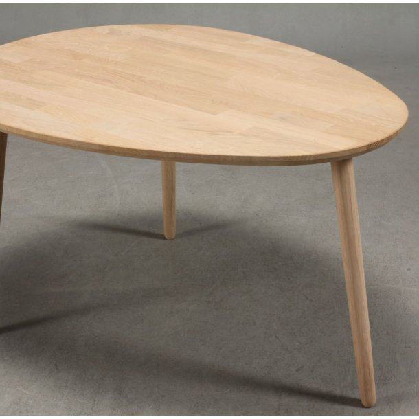 Lumber - sofabord i massiv eg,  dråbeform 74 x 55 cm